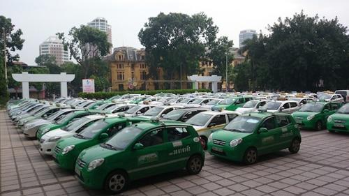 thiet-bi-dinh-vi-gps-taxi
